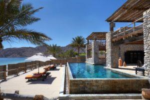 Three_Bedroom_Beachfront_Retreat_exterior2_[6864-MEDIUM]